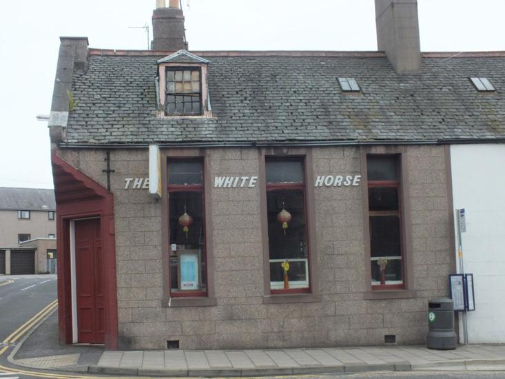 the_white_horse_now_a_takeaway_mmmmmm